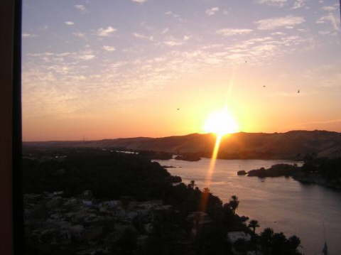 Images-g294204-d308194-b1210554S-Sunset_in_Aswan-Movenpick_Elephantine_Island_Resort_Aswan-Aswan_Nile_River_Valley